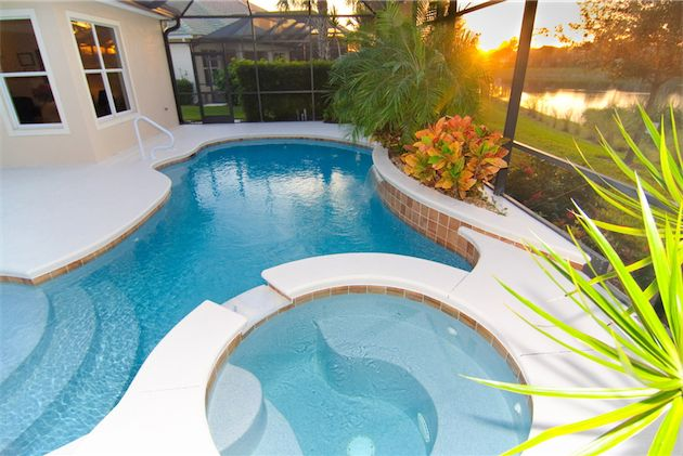 Piscinas de poli ster o de obra te ofrecemos las dos for Precios de piscinas prefabricadas